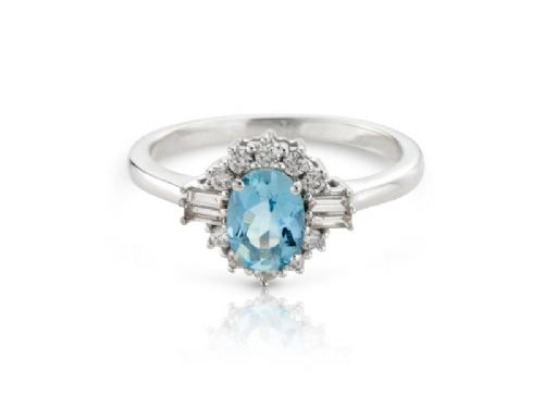 Aquamarine white gold fancy cluster ring